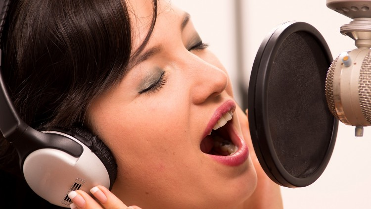 Efeitos e recursos vocais! Como deixar suas performances sempre melhores?